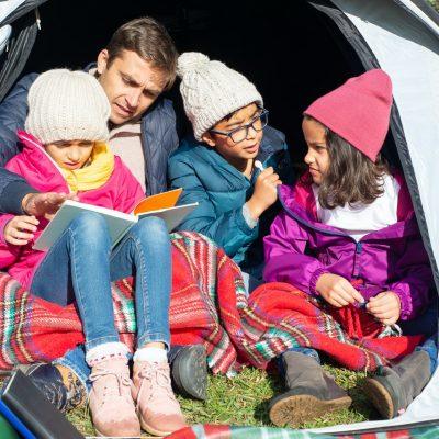 Børn i campingvognen – dette skal du have med